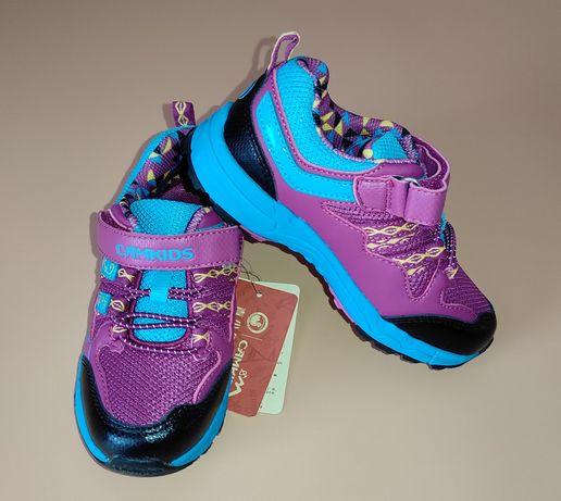 кроссовки, сандали новые