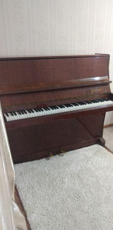 Продам пианино Элегия
