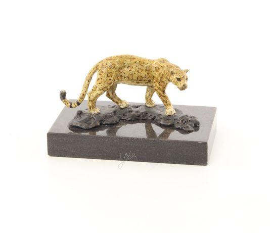 Jaguar-statueta din bronz aurit pe un soclu din marmura BG-40
