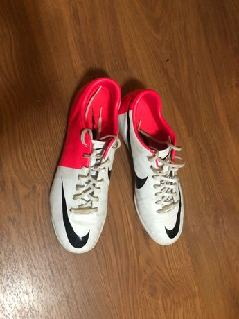 Футболни обувки Nike 46