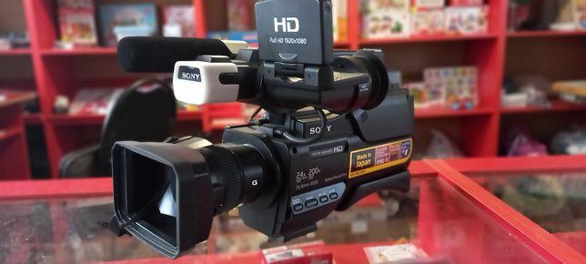 Сррчно продам Профессиональный  видео камеру