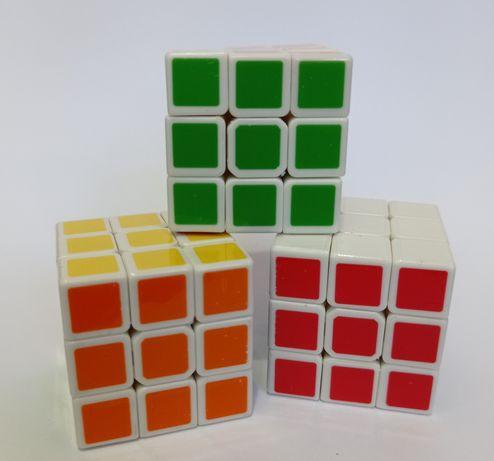 Мини кубчета на Рубик