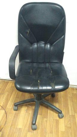 Кресло кожаный  3500