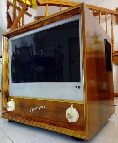 Телевизор Опера / LED Crown 19