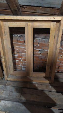 Дървени прозорци