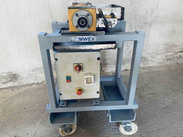 masina/automat pt Aplicarea AracetuIui lemn, TRIMWEX Germania