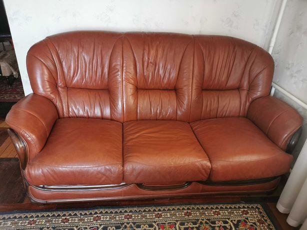 Кожаный диван Vanguard