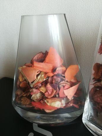 Продам вазу декоративную