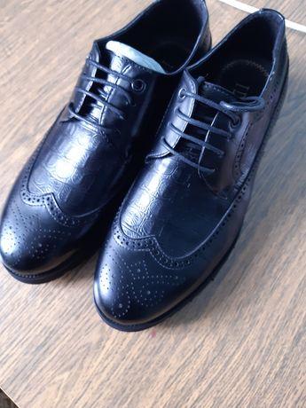 Продается мужские туфли