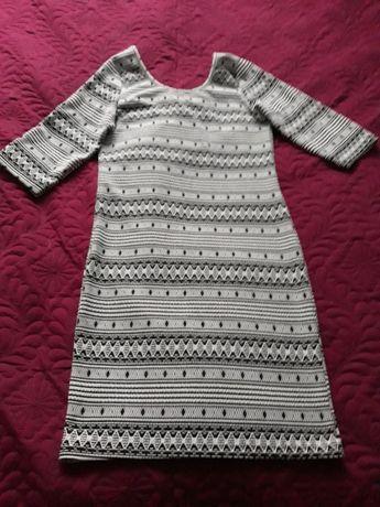 Дамска рокля, използвана само веднъж, мека еластична материя, размер L