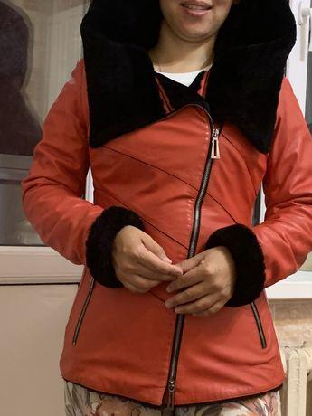 Продается куртка зимняя,