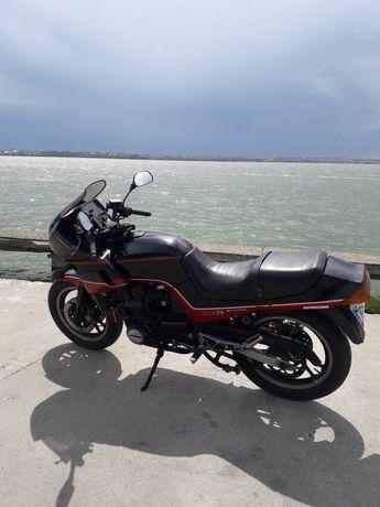 Vând motor Suzuki
