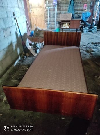 Продам кровать полуторку бу