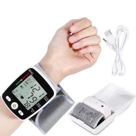 Тонометры на запястье для измерения давления. На аккумуляторе.
