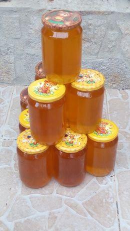 Чист пчелен мед- букет