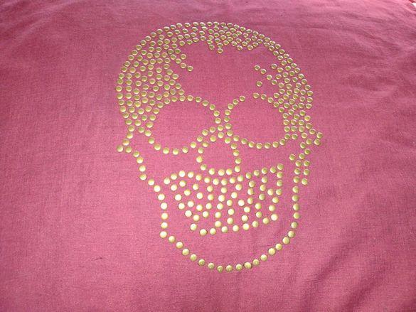 Декоративни калъфки с череп
