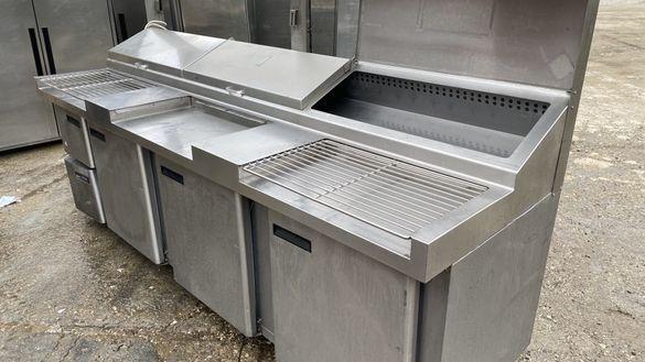 Хладилна работна маса, с място за канти.