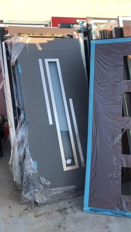 Panel de aluminiu