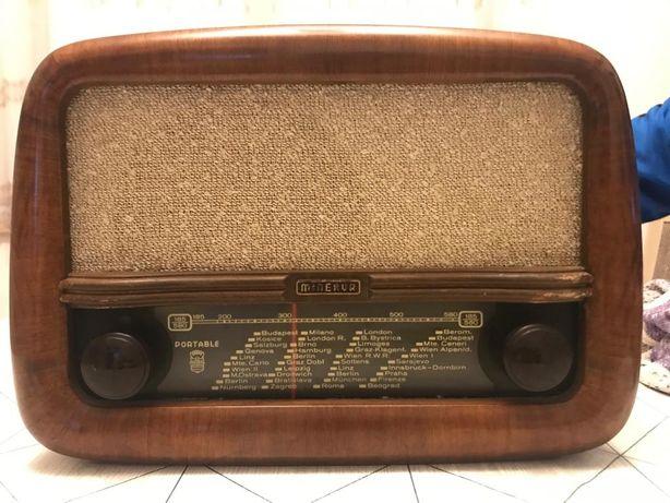 Carcasa Radio Minerva