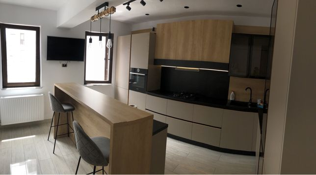 Vand apartament 3 camere 110m TRACTORUL / Isaran 3