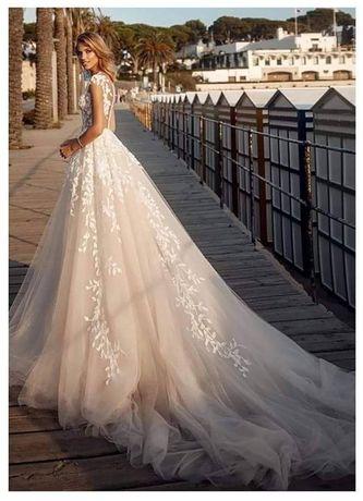 Сватбена рокля А силует