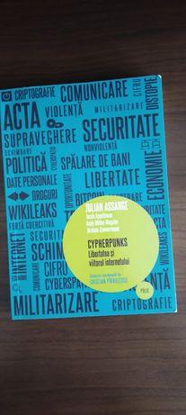 Carte non-fictionala : Libertatea si viitorul internetului.