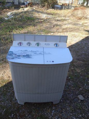Продам стиральную машинку полу автомат
