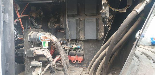 Reconstruire/reparatii instalații electrice utilaje/tractoare