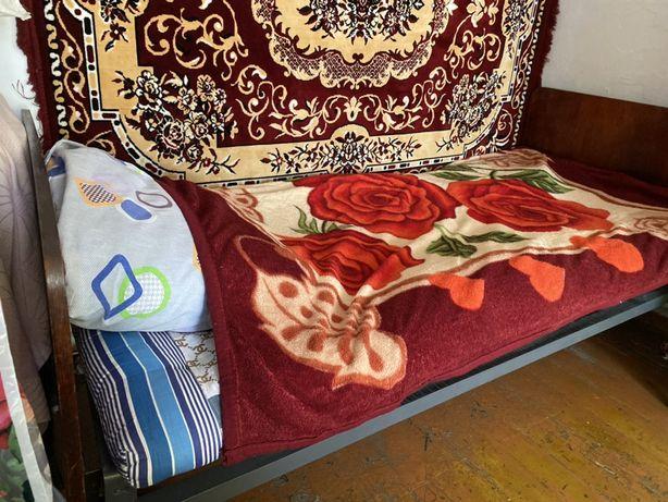 Кровать на сетке, Срочно