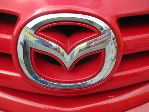 Всички видове автоаксесоари за Мазда 3 Mazda 3