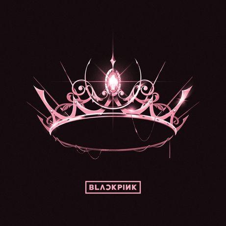 Пластинка  Blackpink The Album на розовом виниле .
