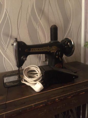 Стари шевни  машини Koehler и Typikal
