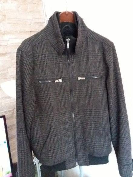 Продавам мъжки якета