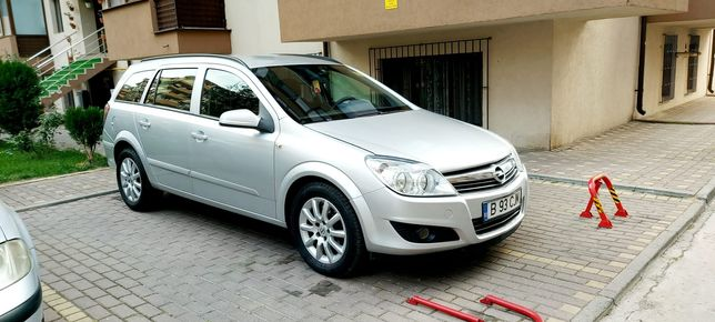 Opel astra h an 2007 luna 11 motor 1.9 sase trepte Proprietar