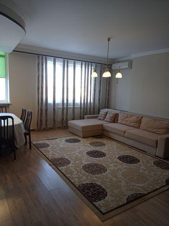 Продам  3ком.квартиру на Юни сити . Цена 23млн;общ площадь 121кв.м.