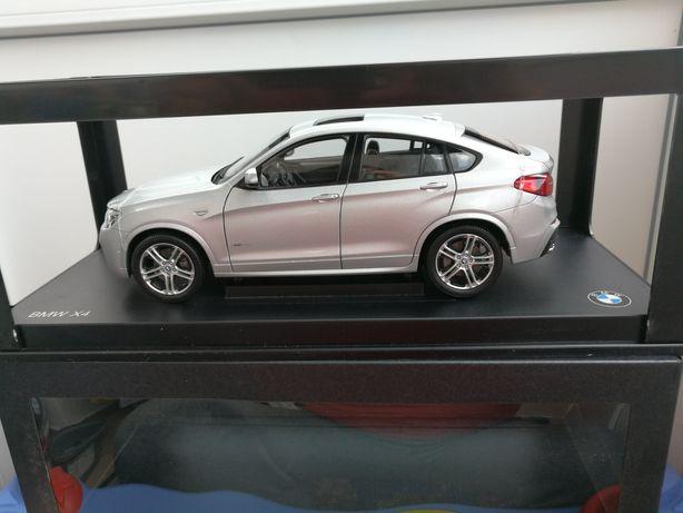 PARAGON BMW X4 SILVER machetă din metal scara 1:18