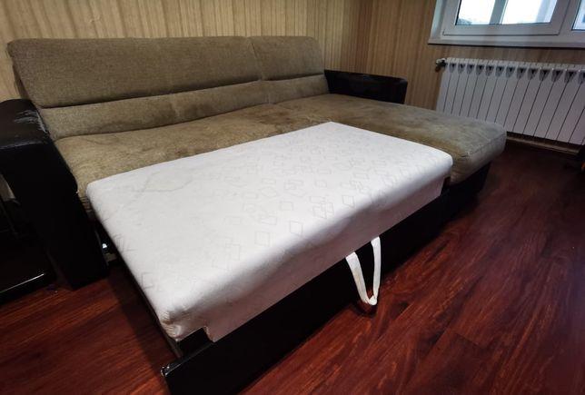 Продам  диван дёшево