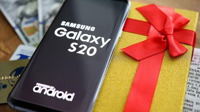 Продам Samsung Galaxy S20 в идеальном состоянии!