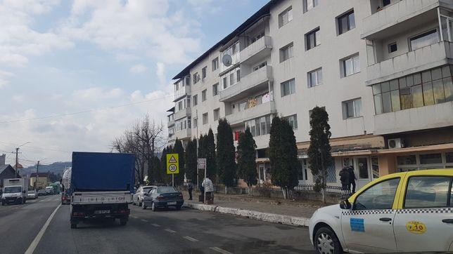 Apartament 4 camere central Fieni Dambovita