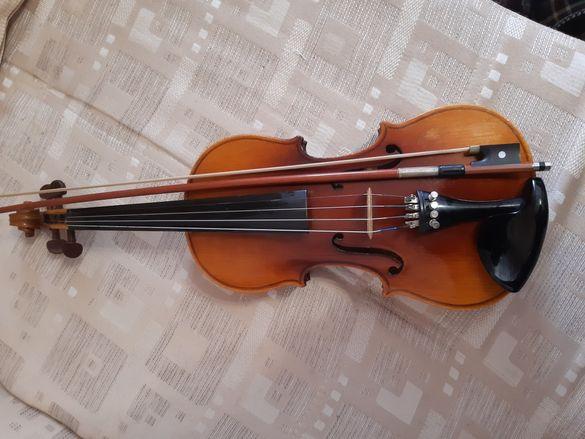 Цигулка Ларк цяла