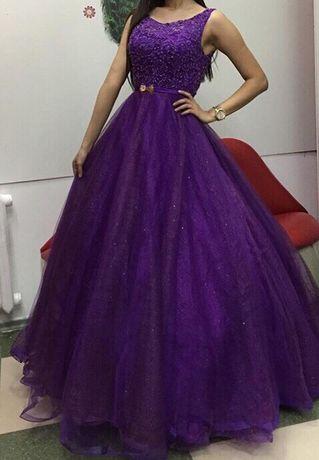Продам платье размер 48-50