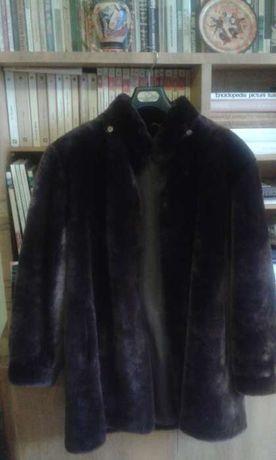 Vand jacheta mouton dorre maro ,cu glugă, noua de la Vidra Orăştie