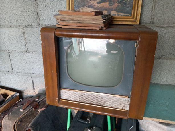 Телевизор 50-ых