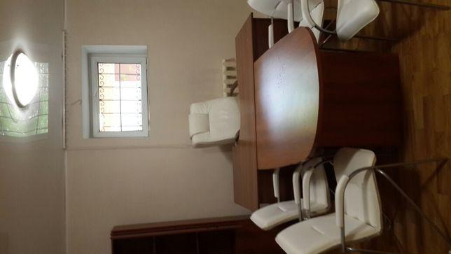 Продам помещение-офис, отд.вход, окна мебелированное-162м2