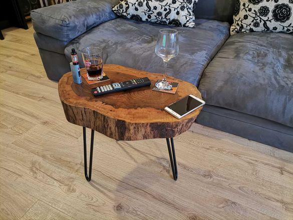Холна маса дърво орех и метал, Арт помощна масичка за кафе
