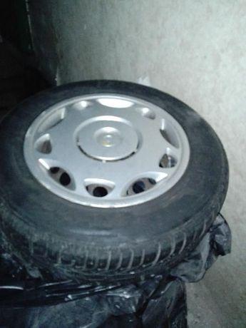 Зимни гуми + джанти 5х120 Е36 BMW