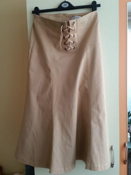 Неносена нова спортно елегантна пола бежав цвят, дънкова стреч матер