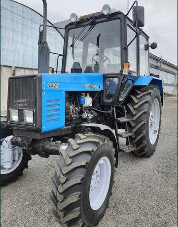 Продам трактор МТЗ 1025 в хорошем состоянии все вопросы по WhatsApp