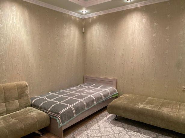 Продается Кровать с матрасом + 2 шкафа