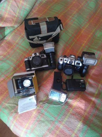 Aparate fotografiat Canon,Nikon